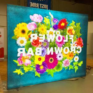 Flowers加拿大-backlit-booth